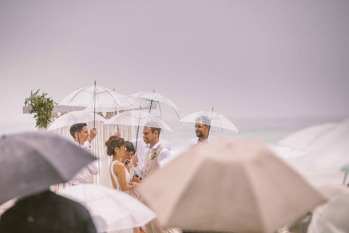 blenheims-beach-wedding-ceremony-jervis-bay-11