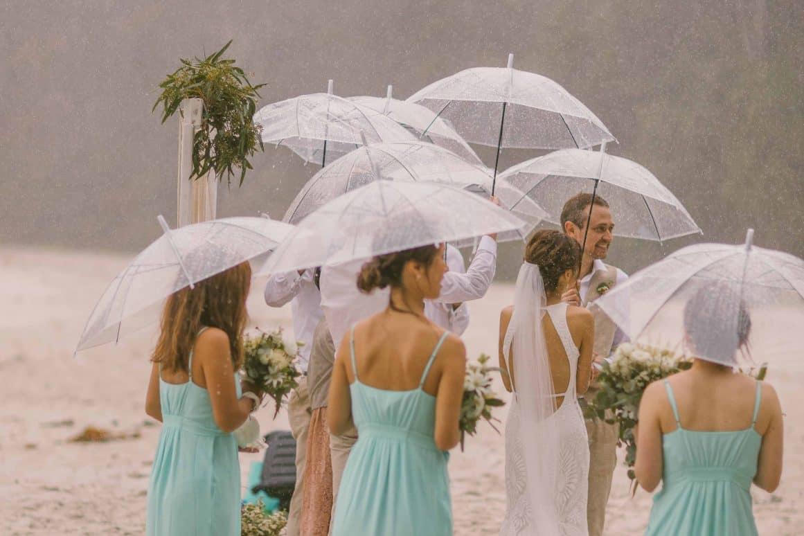 blenheims-beach-wedding-ceremony-jervis-bay-12