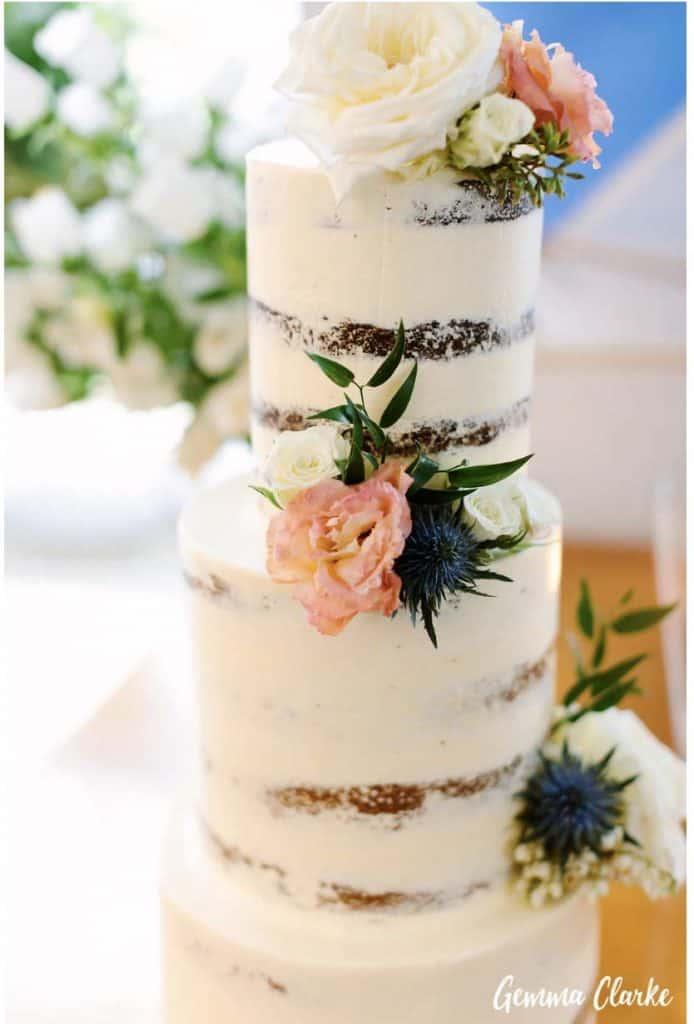 sydney-wedding-reception-packages-flying-squadron-kirribillii-cake-naked