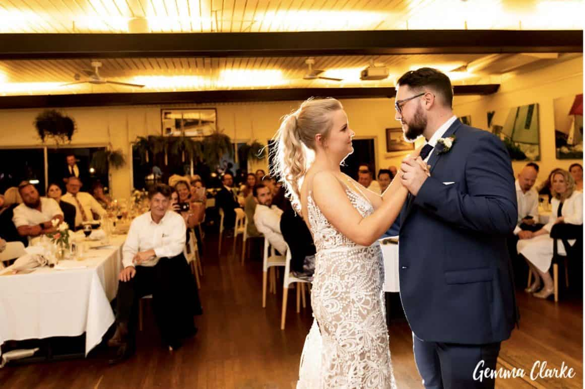 sydney-wedding-reception-packages-flying-squadron-kirribillii-first-dance