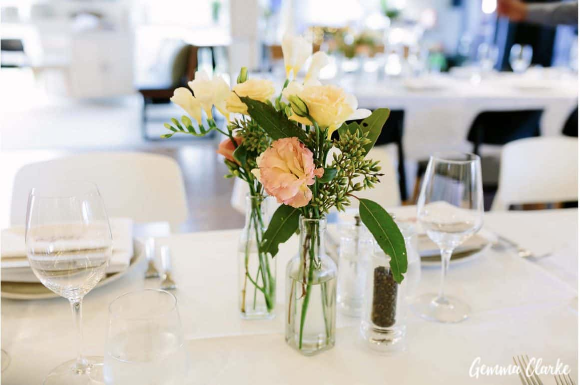 sydney-wedding-reception-packages-flying-squadron-kirribillii-flowers