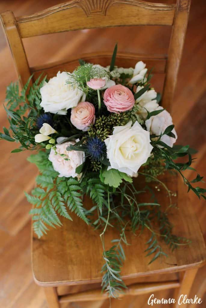 wedding-ceremony-hire-packages-lavender-bay-clark-park-sydney-bouquet-pink-white-navy-blue