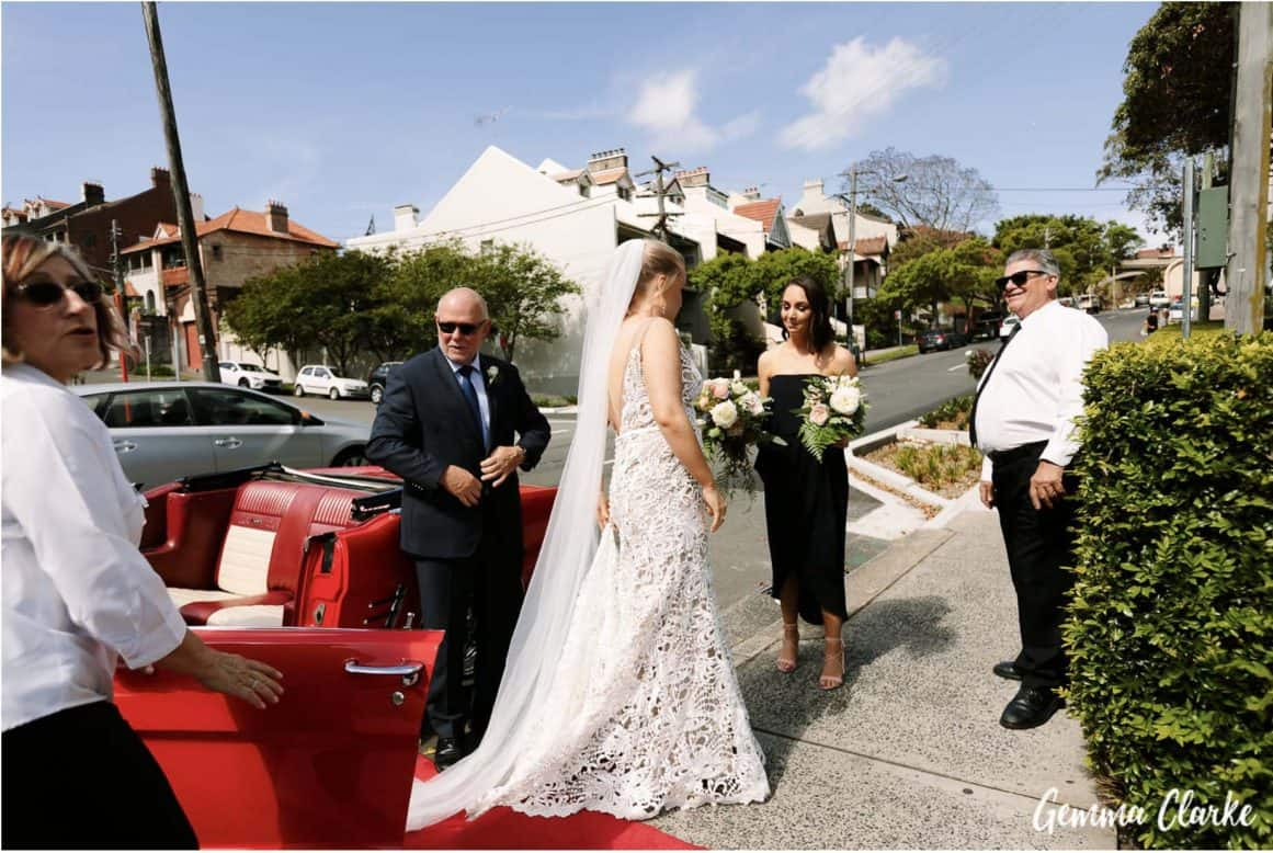 wedding-ceremony-hire-packages-lavender-bay-clark-park-sydney-bride-arriving