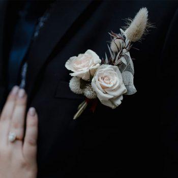 buttonhole white simple sydney wedding florist