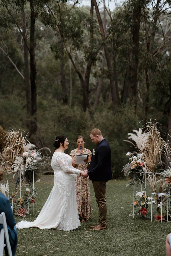 wedding-sydney-cermeony-hire-packages-price-white-stands-frame-32
